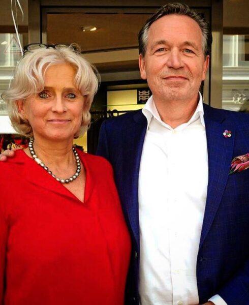 Frank Rudolf Herrenausstatter Hamburg Damen Mode Herrenbekleidung. Gentleman's Essentials. Accessoires. Sakkos. Anzüge nach Maß